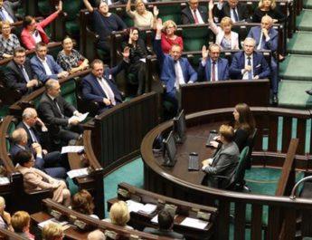 Roszady w rządzie – nowe obowiązki wicepremiera Morawieckiego